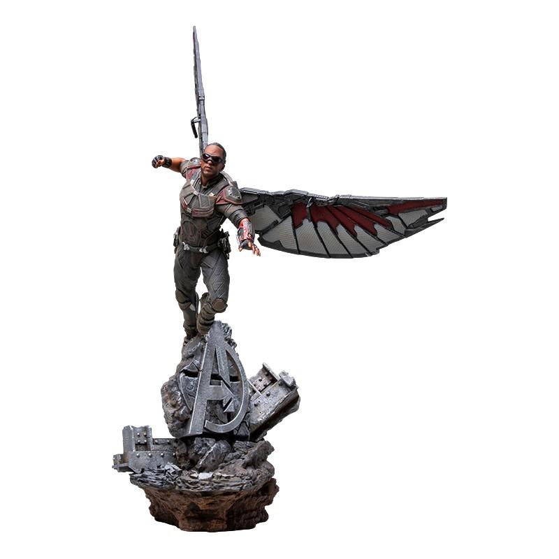 Figura Marvel Falcon...