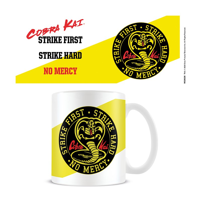 Taza Cobra Kai Strike First